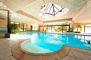 Piscine village vacances Embrun